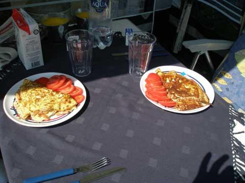2_omelettfrukost070718.jpg