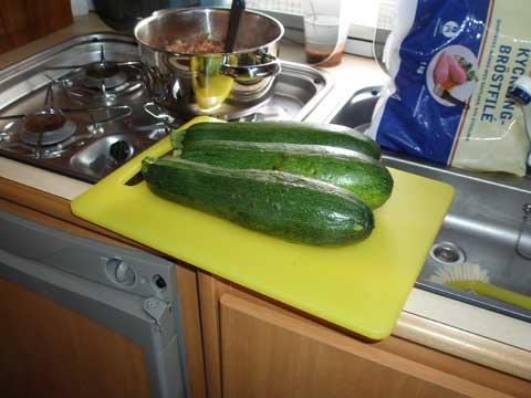 4_zucchini.jpg